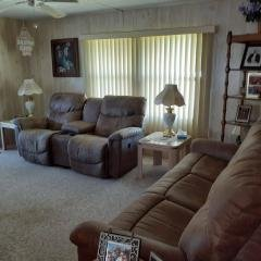 Photo 5 of 22 of home located at 127 Doubloon Dr North Fort Myers, FL 33917