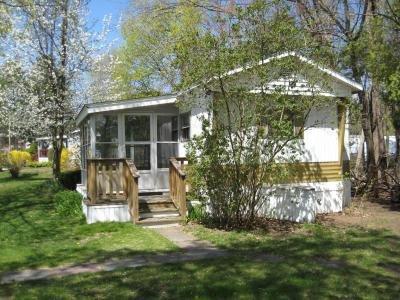 Mobile Home at 4 Farmwood Drive Nashua, NH 03062