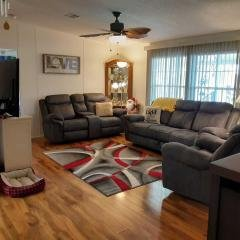 Photo 3 of 12 of home located at 6941 NW 43rd Ave Coconut Creek, FL 33073