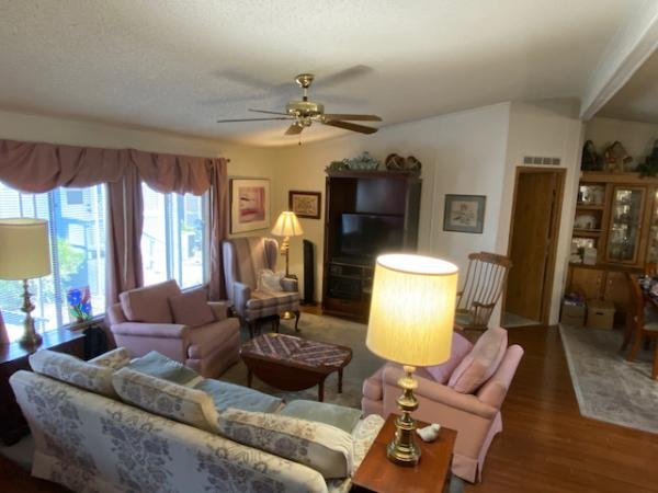 1989 Schult Mobile Home For Sale