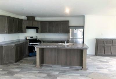 Mobile Home at 21134 Lehavre Dr, Site #1341 Macomb, MI 48044