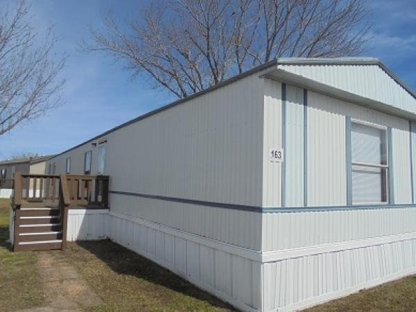 1998 TOWN AND COUNTRY Mobile Home For Rent