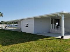 Photo 4 of 21 of home located at 40987 Roselle Loop Zephyrhills, FL 33540