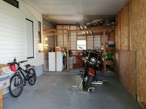 1986 BARR Mobile Home For Sale