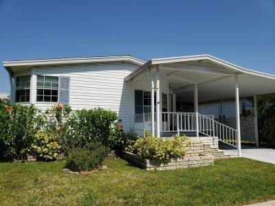 Mobile Home at 15439 Lakeshore Villa Circle Tampa, FL 33613