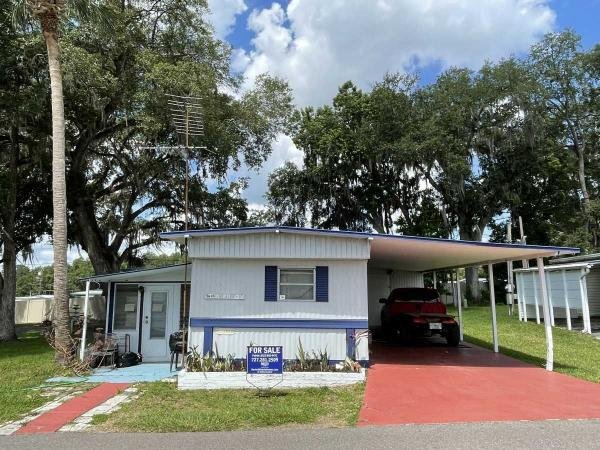 Photo 1 of 2 of home located at 6549 Mulberry St. Zephyrhills, FL 33542