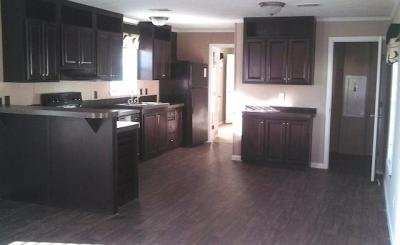 Mobile Home at 7501 Sun Grace Drive Lot Sg7501 Arlington, TX 76001