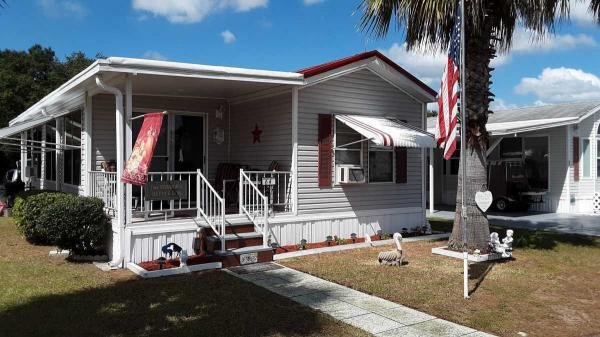 Photo 1 of 2 of home located at 12645 Morning Dr Lot 64 Dade City, FL 33525