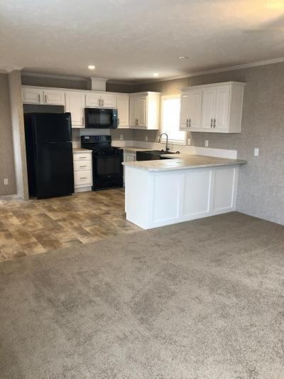 Mobile Home at 20530 Kingston Dr Clinton Township, MI 48036