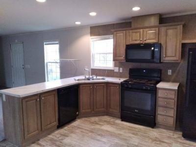 Mobile Home at 37842 Emerson Dr Clinton Township, MI 48036