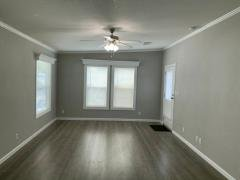 Photo 4 of 21 of home located at 2950 S.w. 53rd Avenue Davie, FL 33314