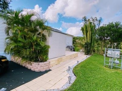 Mobile Home at 5391 SW 33rd Street Davie, FL 33314