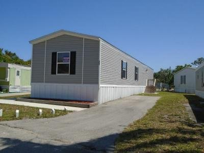 Mobile Home at 77 N Stuart Circle Lake Worth, FL 33463