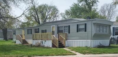 Mobile Home at 156 Delaware Edwardsville, KS 66113