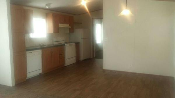 2004 FLEETWOOD Mobile Home For Rent
