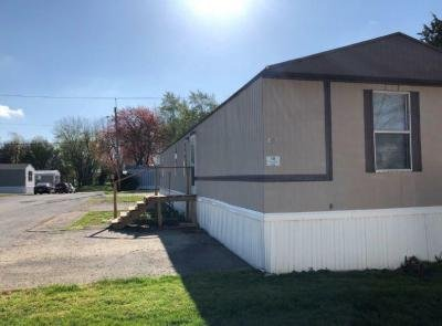 Mobile Home at N/A Jacksonville, IL 62650