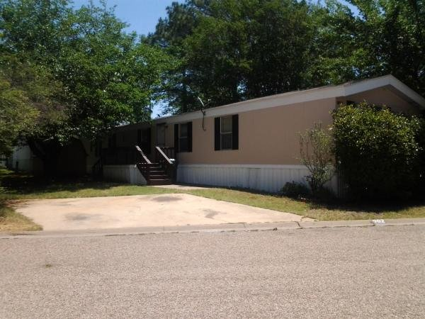 1996 CLAYTON Mobile Home For Rent