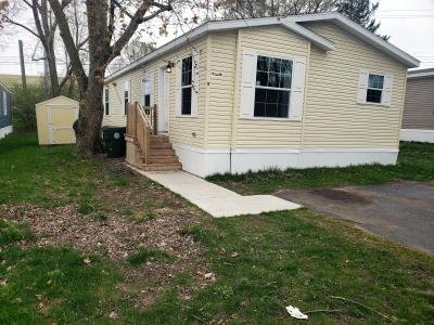 Mobile Home at 9 Swallow Ct Orion Township, MI 48359