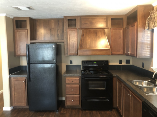 2016 CMH MANUFACTURING INC Mobile Home For Sale