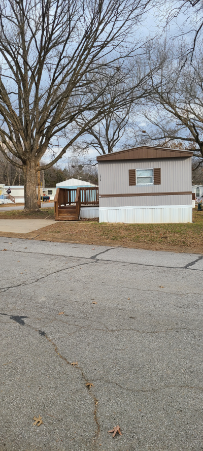 Mobile Home at 124 Jasmine Drive Fenton, MO 63026