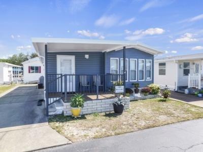 Mobile Home at 37532 Daybright Lane Zephyrhills, FL 33541