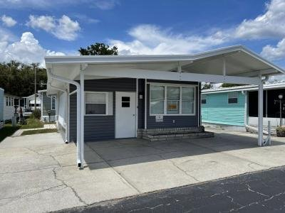 Mobile Home at 37627 Daybright Lane Zephyrhills, FL 33541