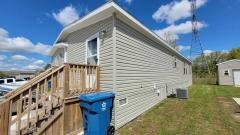 Photo 4 of 27 of home located at 24058 Manchester Dr Flat Rock, MI 48134