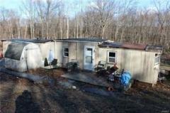 Photo 5 of 9 of home located at 14 Diviesti Drive Marlboro, NY 12542