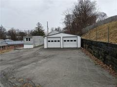 Photo 3 of 28 of home located at 75 Blanche Ave New Windsor, NY 12553
