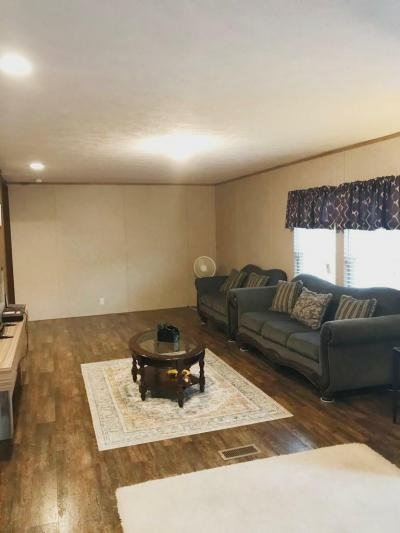 Mobile Home at 4951 Collett Little Rd Lot 142 Fort Worth, TX 76119