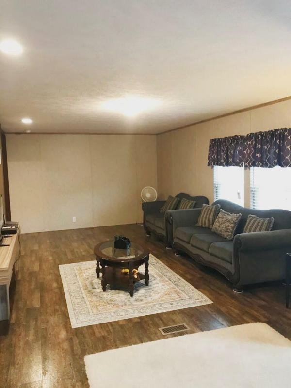 2017 CMH Manufacturing  Mobile Home