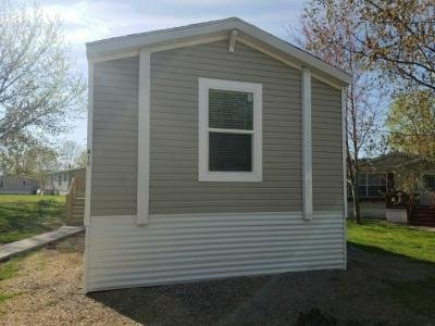 Mobile Home at 418 Romeo Dr Lakeville, MN 55044