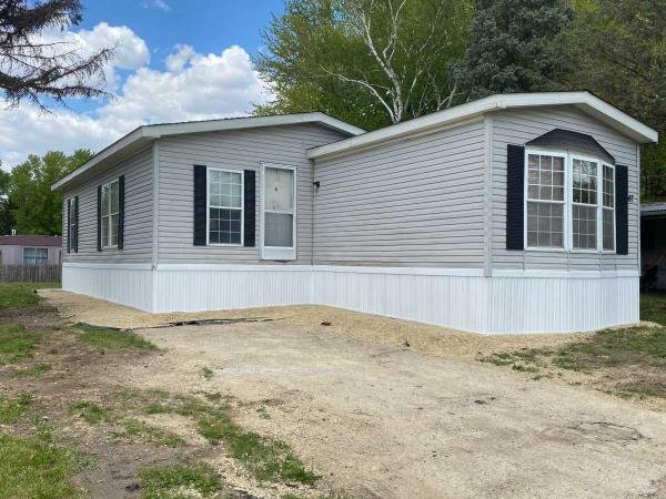 Photo 1 of 2 of home located at 6219 Us Highway 51 South #197 Janesville, WI 53546