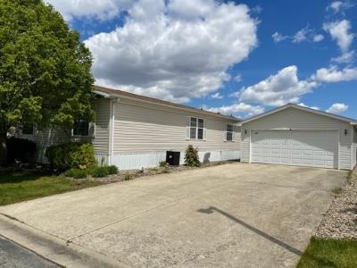 Mobile Home at 845 Cedar Cir. Manteno, IL 60950