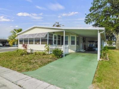 Mobile Home at 6144 Spring Lake Circle Zephyrhills, FL 33540