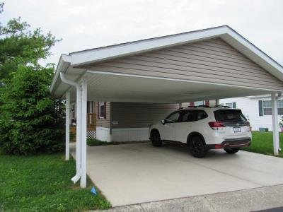 Mobile Home at 8763 Suzanne Ct Indianapolis, IN 46234