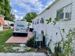 Photo 5 of 40 of home located at 6800 NW 39 Ave # 444 Coconut Creek, FL 33073