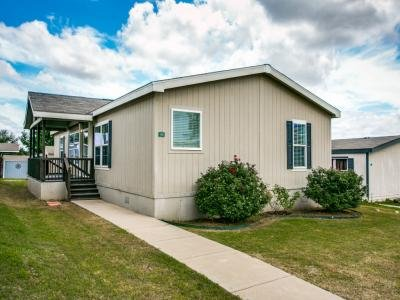 Mobile Home at 3200 Harston Woods Euless, TX 76040