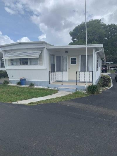 Mobile Home at 14C Douglas Dr Tavares, FL 32778