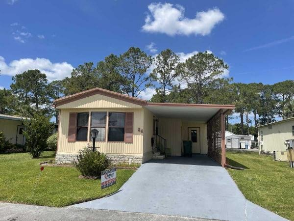 Photo 1 of 2 of home located at 34 Royal Drive Eustis, FL 32726