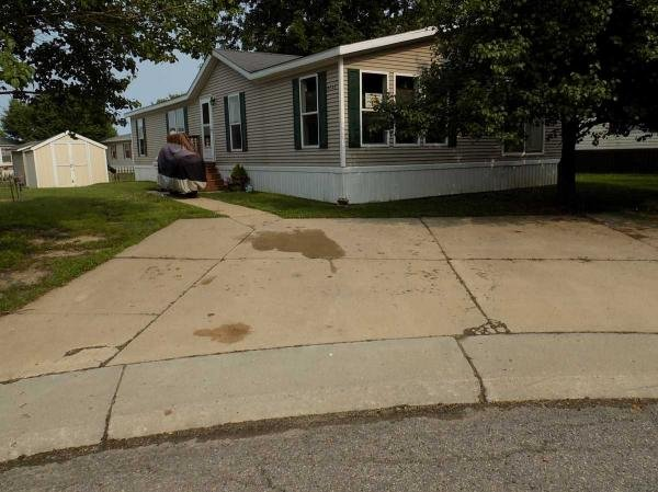 1999 Four Seasons Mobile Home For Sale