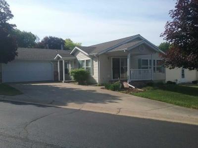 Mobile Home at 5320 Pine Arbor Ridge Kalamazoo, MI 49004