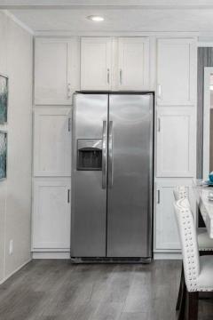Photo 4 of 9 of home located at 3373 E. Michigan Ave Ypsilanti, MI 48198