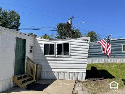 Mobile Home at 413 Saratoga Rd, Lot 23 Glenville, NY 12302