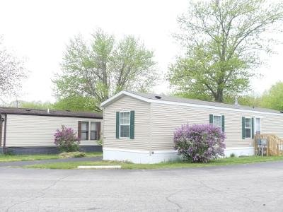 Mobile Home at 1565 M-63 Lot 63 Benton Harbor, MI 49022