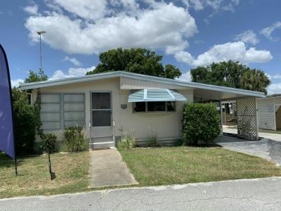 Mobile Home at 13221 Grape Avenue Grand Island, FL 32735