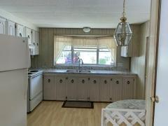 Photo 2 of 20 of home located at 13221 Grape Avenue Grand Island, FL 32735