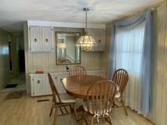 Photo 5 of 20 of home located at 13221 Grape Avenue Grand Island, FL 32735