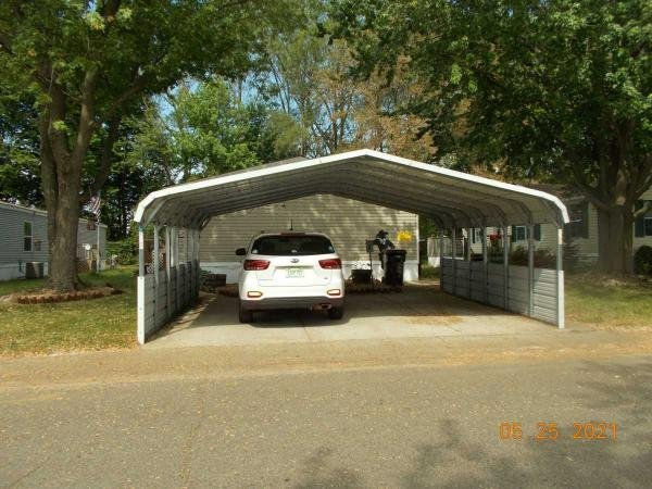 2001 Four Seasons Mobile Home For Sale