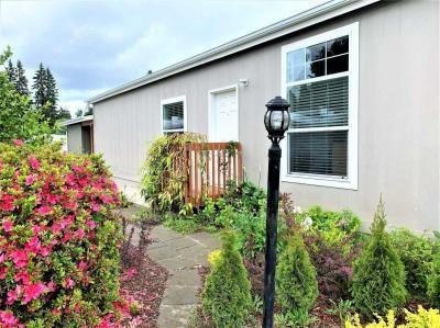 Mobile Home at 11568 SW Royal Villa Dr. Lot#27 Tigard, OR 97224